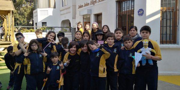 Colegio John John Ñuñoa - Educación Básica